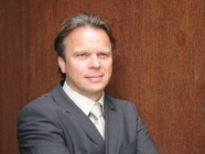 Dr. Andreas Kelz