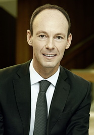 Dr. Thomas Rabe