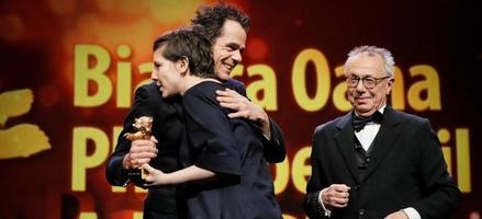 """Goldener-Bär-Gewinner """"touch me not"""""""