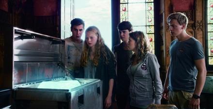 Blickpunktfilm News Von Der Serie Zum Kinofilm Allein Gegen