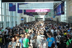 275.000 Menschen besuchten die gamescom 2011. Der Andrang war an jedem Messetag zu spüren (Bild: gamescom/Koelnmesse)