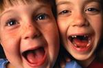 66 Prozent der 6- bis 8-jährigen und 83 Prozent der 10- bis 13-jährigen verfügen über Konsole, Handheld oder PC (Bild: Copyright 1999 PhotoDisc,Inc.)
