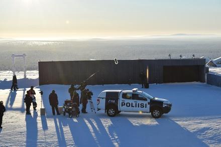 """Am Set von """"Arctic Circle"""" in Lappland (Bild: Elisa Viihde/Yellow Film)"""