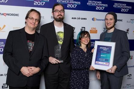 Auch beim Deutschen Entwicklerpreis gewannen Barrel Roll Games bereits eine Trophäe (Bild: Jennifer Pitton)
