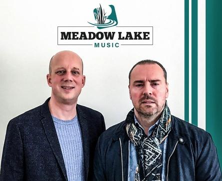 Bauen mit Meadow Lake Music ein gemeinsames Musikunternehmen auf: Manfred Rolef (links) und Matthias Winkler (Bild: Meadow Lake Music)