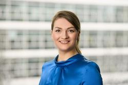 Bayerns Digitalministerin Judith Gerlach (Bild: StMD/Jörg Koch)