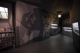 Berliner Treffpunkt für Cineasten: die Filmgalerie 451 (Bild: Matthias Henke)
