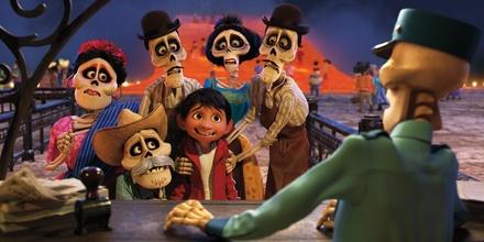 """""""Coco"""" belegt Platz eins mit eher schwachen Zahlen (Bild: Walt Disney)"""