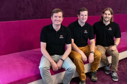 Die neue Geschäftsführung von CipSoft (v.l.): Stephan Vogler, Benjamin Zuckerer und Ulrich Schlott (Bild: CipSoft)