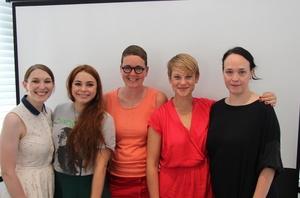 Erörterten Fragen der Geschlechterpolitik (von links): Verena Blättermann und Tess Rochholz (VUT), Anne Haffmans (Domino), Martina Schröder, die am Mentoring-Programm der Music Industry Women teilnahm, sowie Désirée J. Vach (VUT) (Bild: MusikWoche)