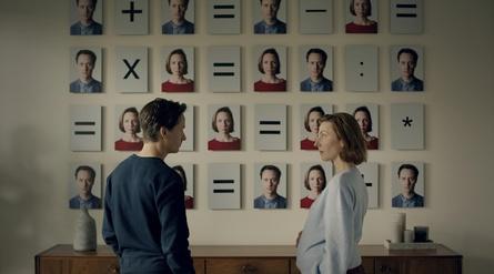 """""""Ich und die Anderen"""" ist eine der sechs Serien, die zu """"Berlinale Series"""" eingeladen wurden (Bild: Superfilm)"""