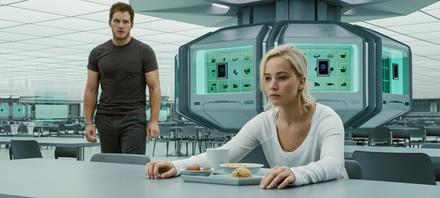 """""""Passengers"""" ist die erste Nummer eins der deutschen Kinos im Jahr 2017 (Bild: Sony Pictures)"""