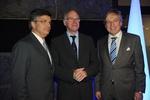 Politik trifft Film: Bundestagspräsident Norbert Lammert (Mitte) mit den Produzentenallianz-Chefs Alexander Thies und Christoph E. Palmer (Bild: Lorenz Richter)