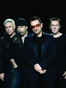 Spielen vor dem Brandenburger Tor: U2 (Bild: Deirdre O'Callaghan)