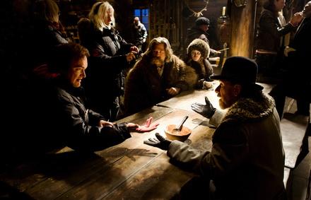 "Tarantinos ""Hateful 8"" haben den Spitzenplatz souverän verteidigt (Bild: Universum Film (Walt Disney))"