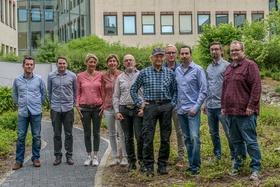 Terence Hill mit dem Team von KSM (Bild: KSM)