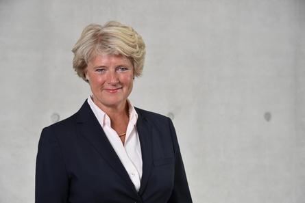 """Unter anderem an Kulturstaatsministerin Monika Grütters richtet sich die Forderung nach einem """"Rettungsschirm Kino"""" (Bild: Bundestag)"""