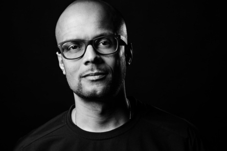 """Verspricht sich vom Hauptsitz in Berlin """"mehr Nähe zu unseren Künstlern und Partnern"""", aber auch einen """"erweiterten Zugang zu einflussreichen kreativen Subkulturen und führenden kulturellen und digitalen Innovatoren"""": Patrick Mushatsi-Kareba (Bild: Sony Music)"""