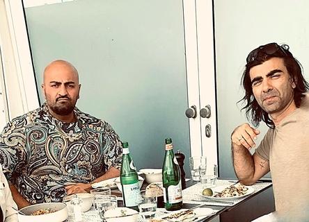 Wollen mit Warner Bros. das Rheingold heben: der unter dem Namen Xatar aktive Giwar Hajabi (links) und Fatih Akin (Bild: Goldmann Music)