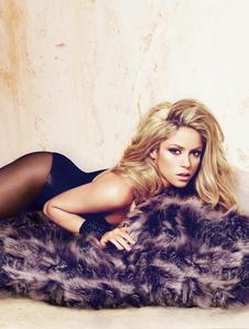 Zündet zum Jahresende ihr Hitfeuerwerk live: Shakira (Bild: Mert Alas + Marcus Piggot)