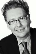 """Andreas Crüsemann ist Leiter Nationales Marketing und Vertrieb bei der Cineplex Deutschland GmbH & Co. KG. Mittlerweile sind über 80 Kinos mit insgesamt fast 500 Leinwänden in der Gruppe vertreten. Beim Filmtheaterkongress referiert Andreas Crüsemann am 23. April um 15.30 Uhr über das Thema """"Alternativer Content""""."""