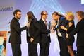 """Strahlende Gewinner: Studio Fizbin gewann mit """"the Inner World"""" die Kategorie """"Bestes Deutsches Spiel""""^^Getty Images / Hannes Magerstaedt^^"""
