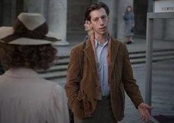 """Max Mauff ist einer der vier Hauptdarsteller in """"Die Unsichtbaren - Wir wollen leben"""""""