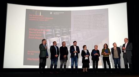 Die Gewinner der Kinoprogrammpreise der Landeshauptstadt München mit Kulturreferent Hans-Georg Küppers (rechts im Bild)