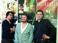 """Das """"Raju""""-Team: Sin Huh (Kameramann), Max Z�hle (Regisseur) und Stefan Gieren (Producer)"""