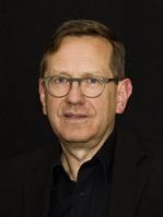 Friedemann Beyer kuratiert die Sektion 16:9 - Fernsehen im Kino beim Filmfest Hamburg