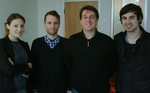 Die neue Partnerschaft besiegelten (v.l.n.r.): Lana Wittig (LASERLASER), Erik Laser (LASERLASER), Fred Casimir (BMG) und Daniel Schmidt (Bakkushan)