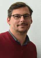 <b>Nils Zehnpfennig</b> <b>...</b> - b141x200