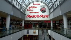 Media Markt wirbt mit einem neuen Multi-Media-Prospekt