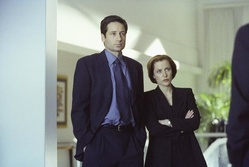 "David Duchovny und Gilian Anderson in ""Akte X"""