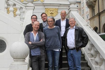 Über ein Besucherplus konnten sich Vorstand und Geschäftsführung der AG Kino-Gilde freuen: Petra Rockenfeller, Christian Pfeil, Felix Bruder (Geschäftsführer), Sigrid Limprecht, Christian Bräuer (Vorstandsvorsitzender) und Hermann Thieken (v.l.)
