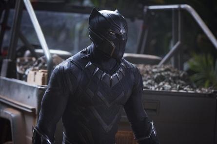 """Umsatzstärkster Film des vergangenen Wochenendes und damit offizielle Nummer eins der deutschen Kinocharts: """"Black Panther"""""""