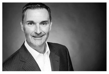 Peter Kolz hat langjährige Erfahrung im Handel und Vertrieb von Finanzprodukten bei amerikanischen Instituten gesammelt. Dabei war er beratend für institutionelle Kunden tätig und nahm diese Aufgaben in Mailand, London und Frankfurt wahr. Heute ist Peter Kolz in der Beratung und Finanzierung von jungen Unternehmen tätig.