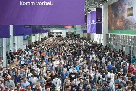 355.000 Besucher zählte die gamescom 2017 (Bild: Koelnmesse)