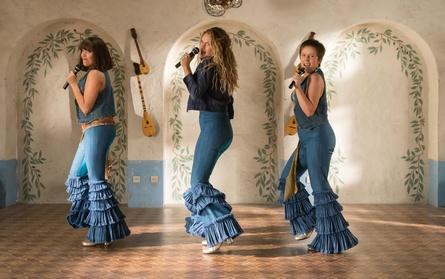 """Ab 19. Juli in den deutschen Kinos: """"Mamma Mia! Here We Go Again"""" (Bild: Universal Pictures)"""
