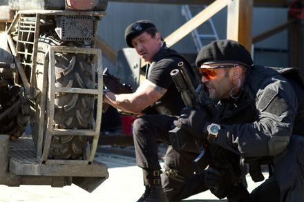"""Action direkt vom Erzeuger: """"The Expendables 2"""" mit Sylvester Stallone und Jason Statham (Bild: Splendid (Fox))"""