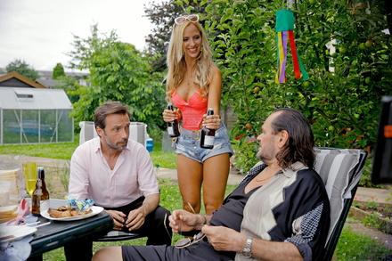 """Am zweiten Wochenende landete """"Sommerfest"""" auf Platz zwölf (Bild: X Verleih (Warner))"""