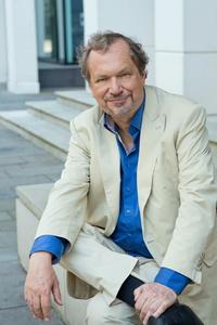 Auch ihn kann am 24. November im nhow Hotel treffen: bdv-Präsident Jens Michow (Bild: Klaus Westermann)