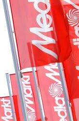 Auch in München-Unterföhring werden Mediamarkt-Fahnen wehen (Bild: Mediamarkt Pressebild)