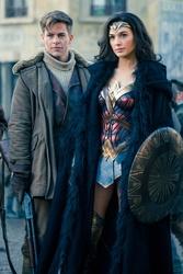"""Auch in Österreich die neue Nummer eins der Kinocharts: """"Wonder Woman"""" (Bild: Warner)"""