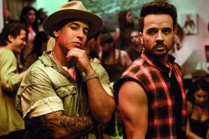 Bei den Singles weiterhin vorn: Luis Fonsi (rechts) und Daddy Yankee (Bild: Omar Cruz)