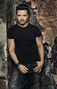 Bringt mit Universal Music am 1. September ein neues Album auf den Markt: Luis Fonsi (Bild: Omar Cruz)