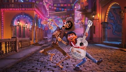 """""""Coco"""" begeistert das US-Kinopublikum (Bild: Walt Disney)"""