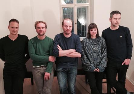 Das Staatsakt-Team (von links): Stefan Trummer, Sebastian Pobot, Maurice Summen, Henrietta Bauer und Markus Göres (Bild: Bo Raedecker)