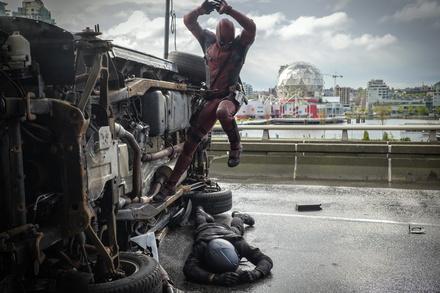 """""""Deadpool"""" übertraf alle Erwartungen und holte sich einen Bogey (Bild: Fox)"""