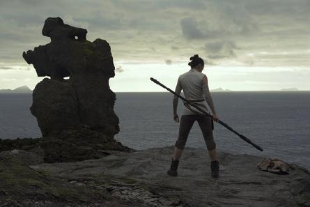 """""""Die letzten Jedi"""" bleiben auch in Großbritannien unangefochten (Bild: Walt Disney)"""